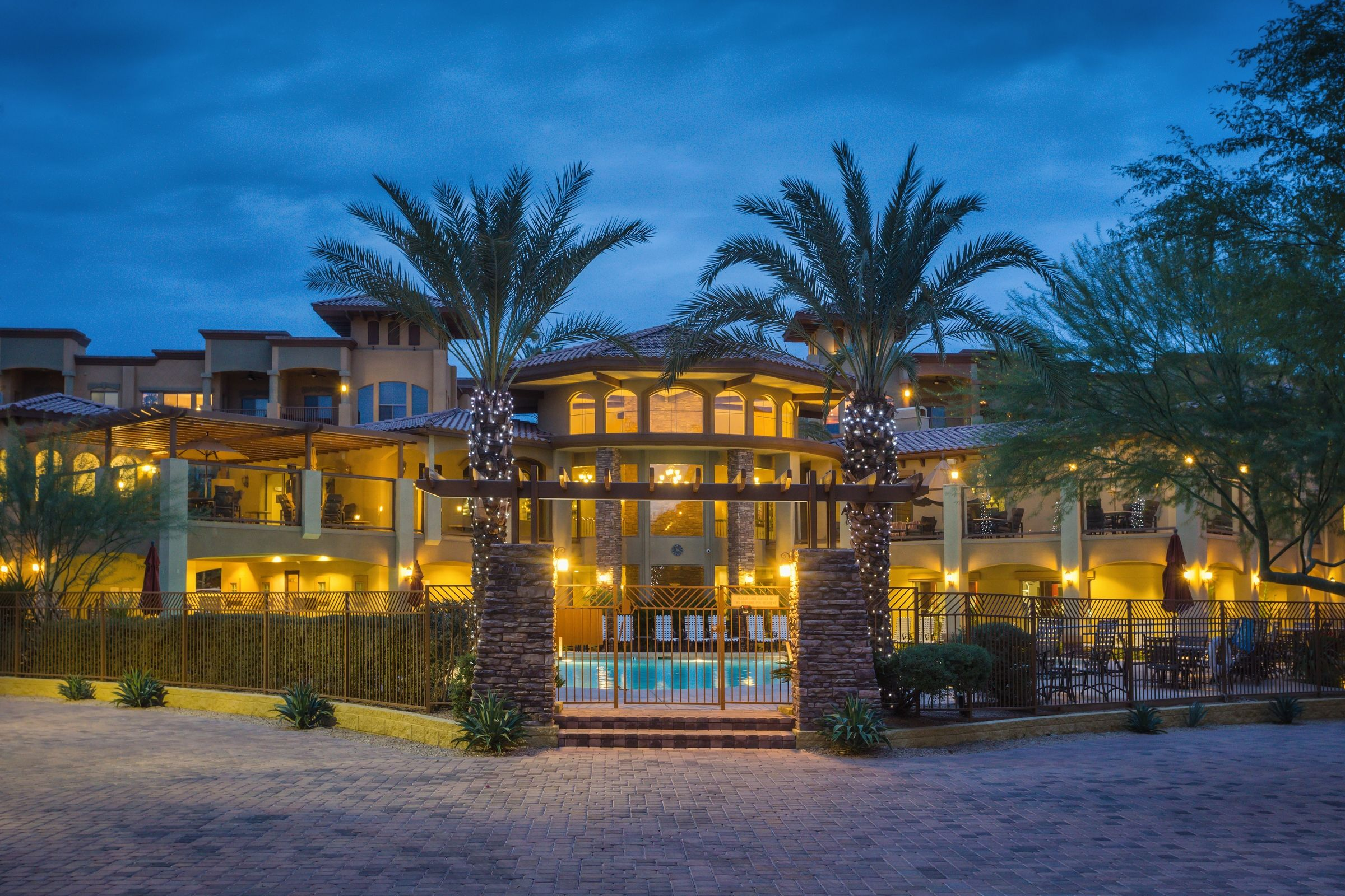 Luxury toscana in desert ridge scottsdale arizona resort condo