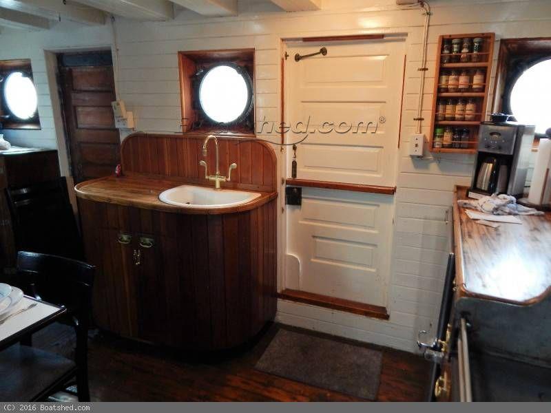 Converted Tug Historic 78 Foot Workboat Liveaboard / Yacht