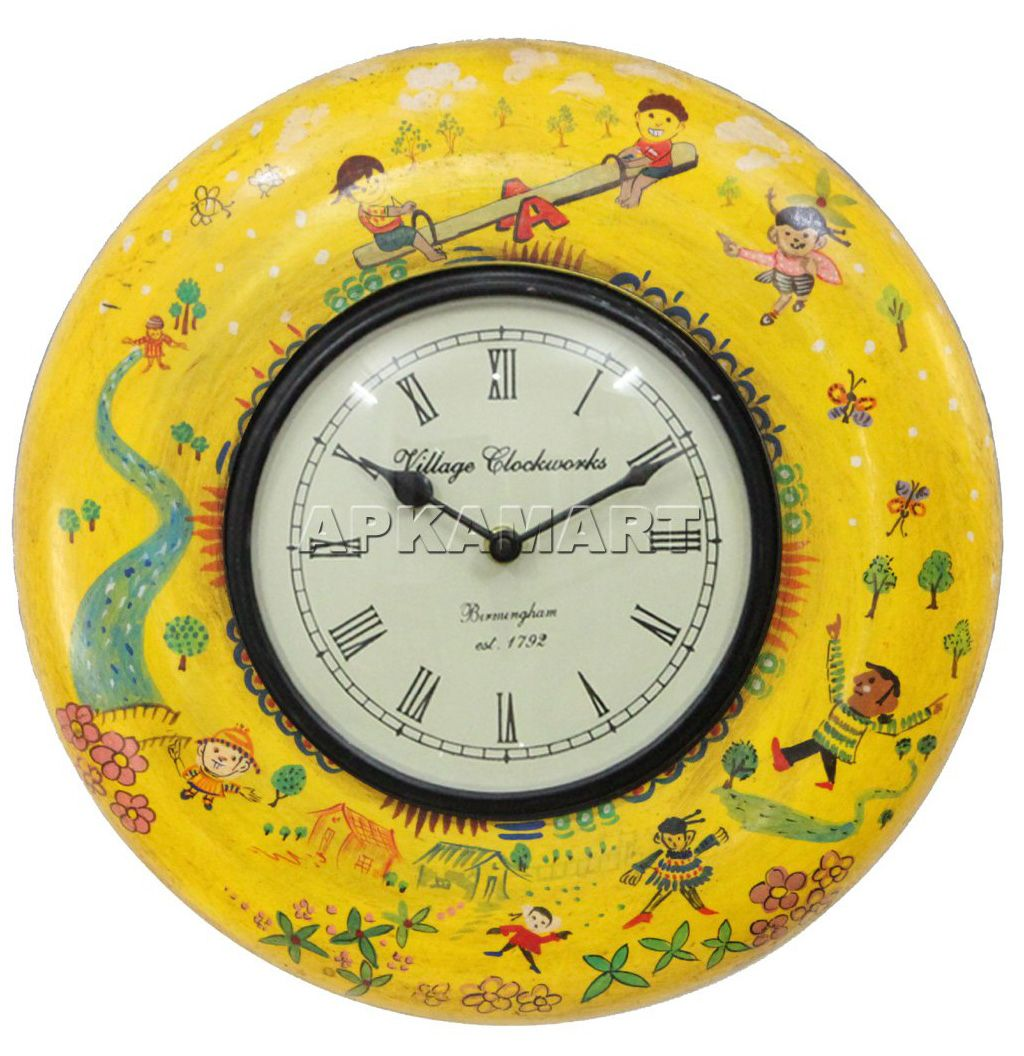 Apkamart presents this beautiful clock cum wall hanging to dazzle ...