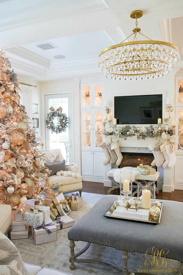 Christmas Home Tour 19 - Silver and Gold Christmas (avec images