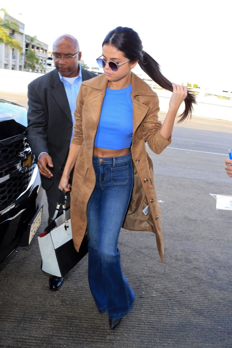 November 24: Selena arriving at LAX Airport in Los Angeles, California