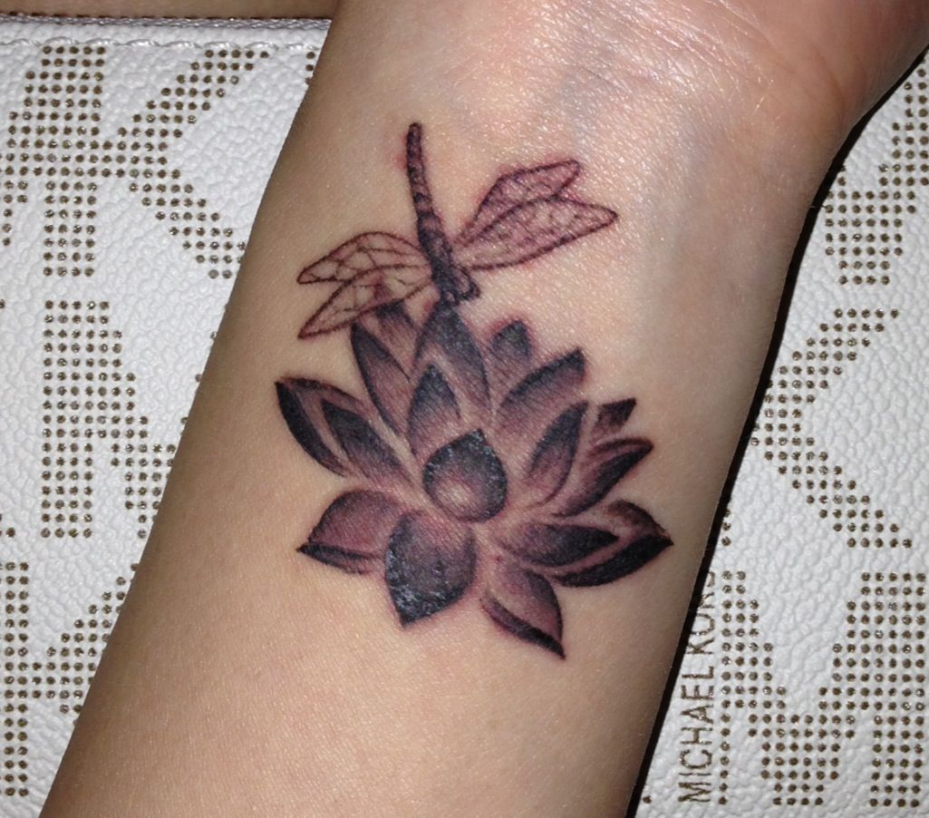 20 Dragonfly And Lotus Flower Tattoo Pictures And Ideas On Weric