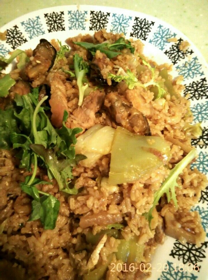 Chinese Tua Chai Png: a one-pot hearty rice dish with Mustard Cabbage, Dried Shrimp, Dried Oyster and Belly Pork.