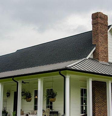 Best How To Decide Between A Metal And Shingle Roofing System 400 x 300