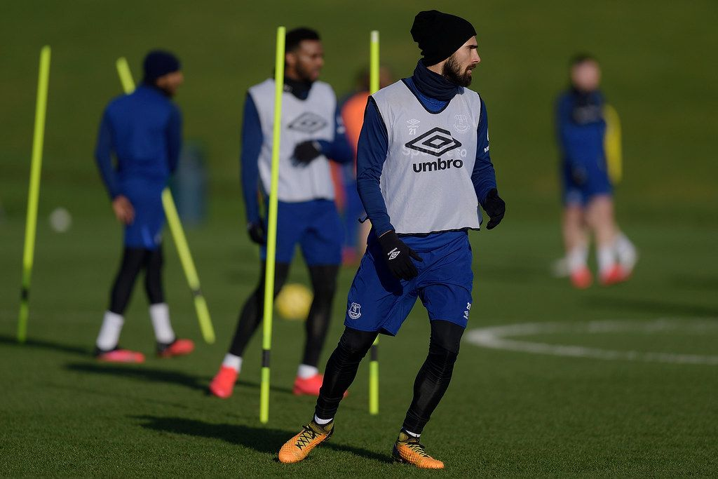 Andre Gomes targets Arsenal match to return after Everton
