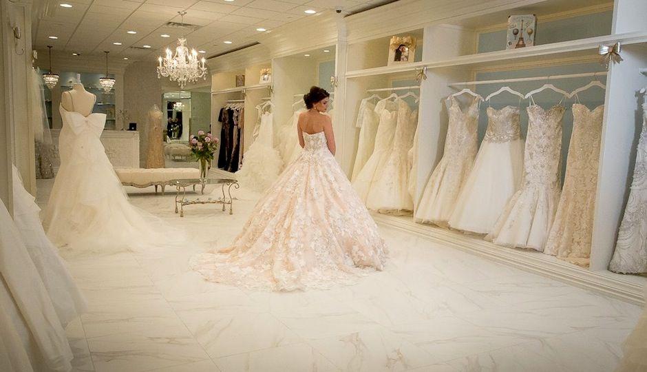 Bucks County Has A Brand New Bridal Salon Meet La Belle Mariee Philadelphia Wedding Bridal Bridal Salon Bridal Boutique