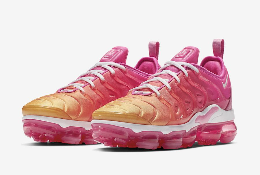 Nike Air VaporMax Plus Psychic Pink