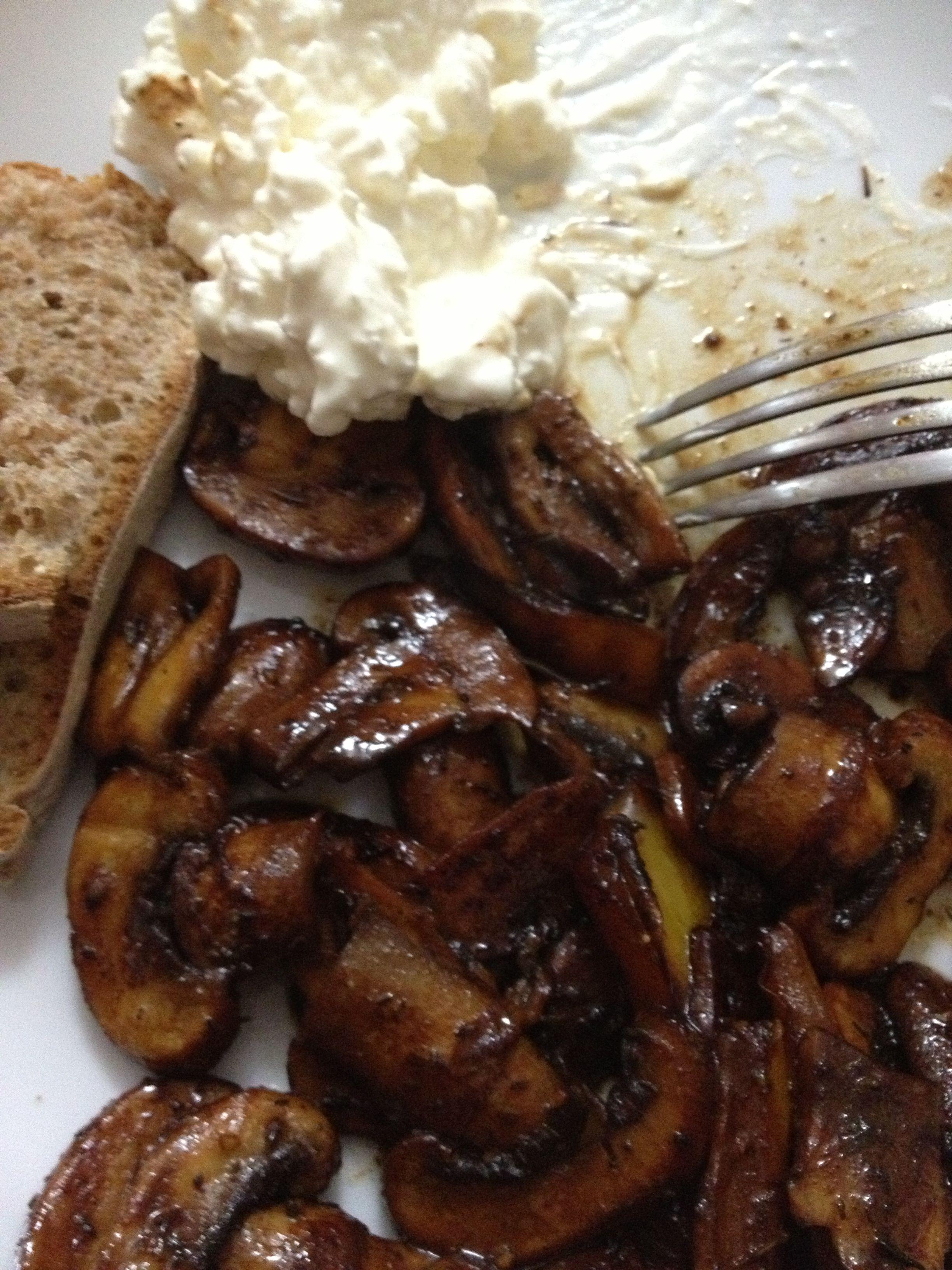 Garlic Butter & Soy Sauce Mushrooms | Recipe in 2020