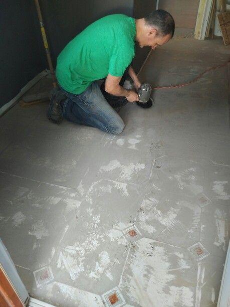 Preparing The Floors For The New Vinyl Plank Flooring Want To Apply - Preparing floor for vinyl plank flooring