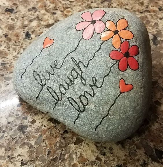 30 Easy Rock Painting Ideas For Your Crafty Garden (for Beginners),  #beginners #Crafty #diye…