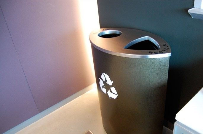 Almond Double Stream - Stylish recycling for any boardroom