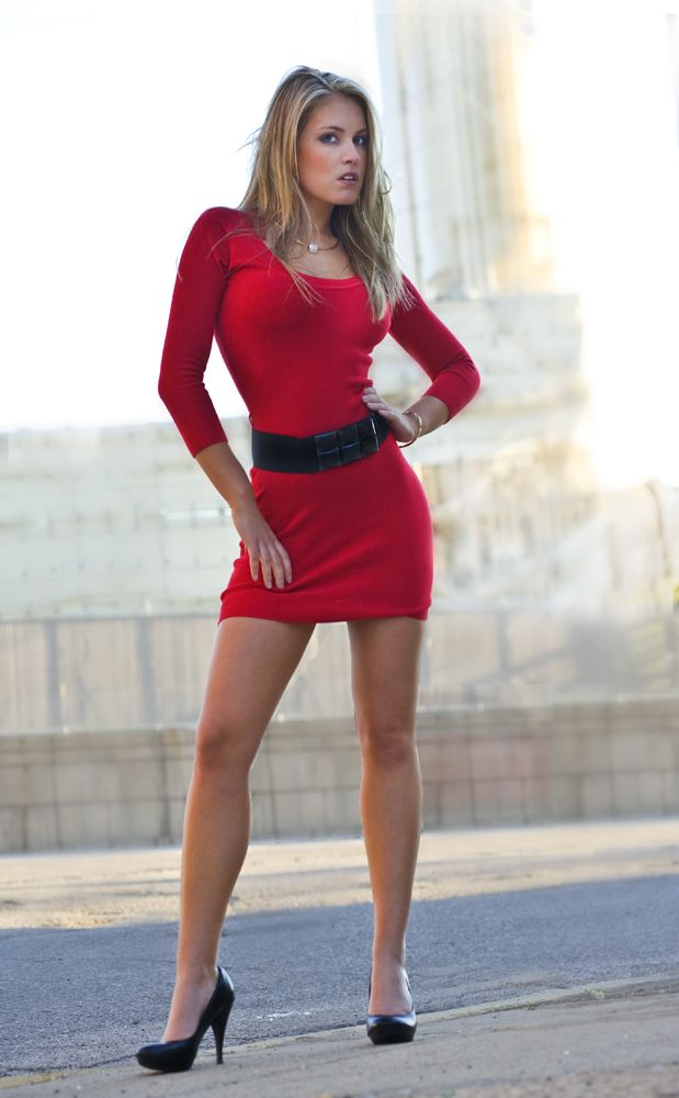 Young lady in mini skirt — pic 4
