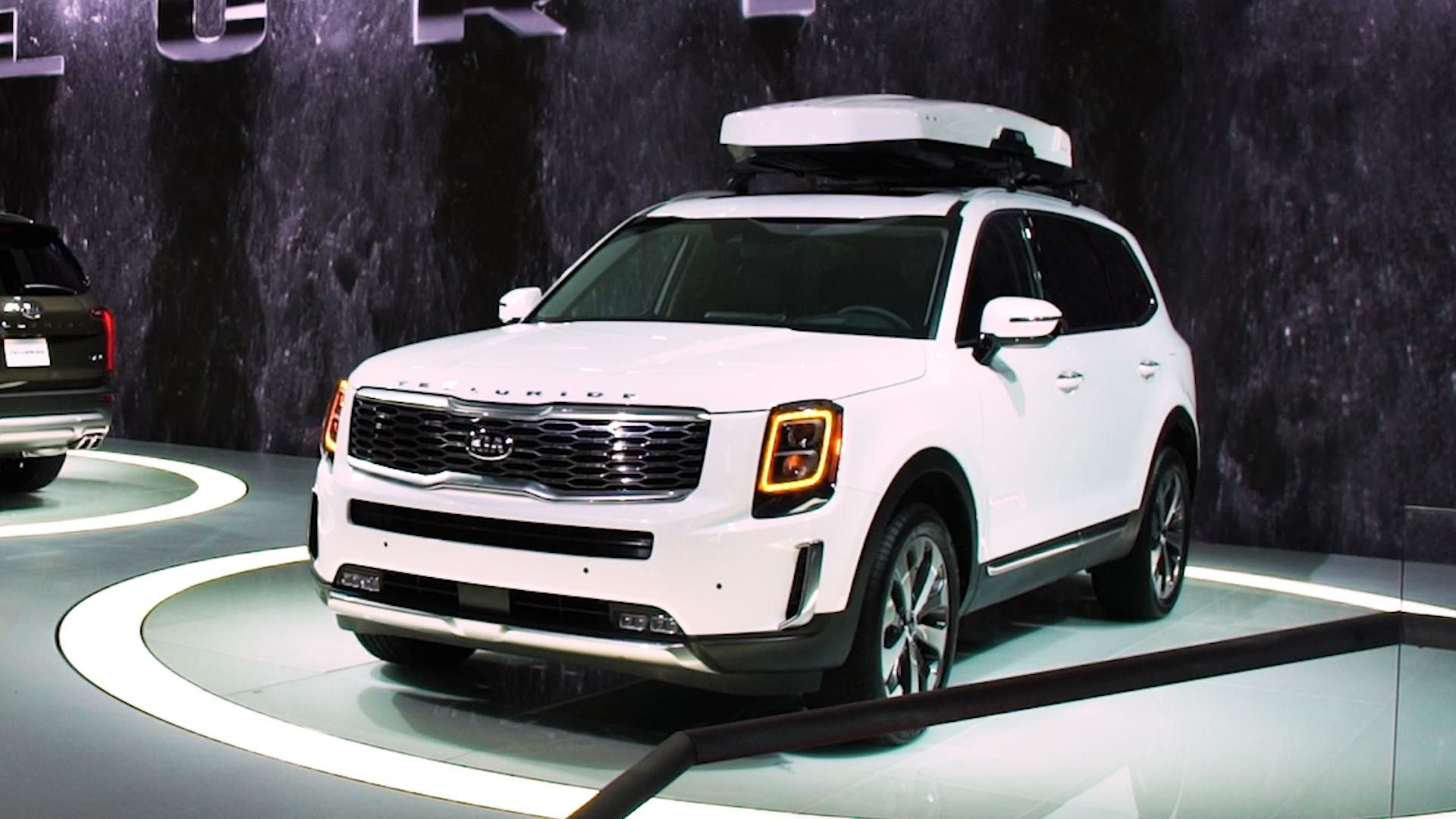 AllNew 2020 Kia Telluride Looks Big and Brawny The all