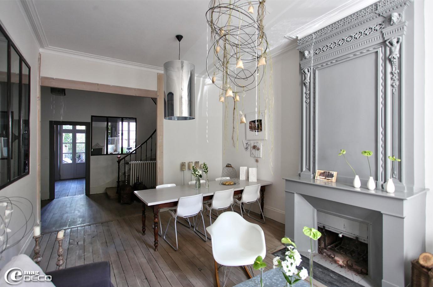 Best Deco Moderne Dans Maison Ancienne Gallery - Matkin.info ...