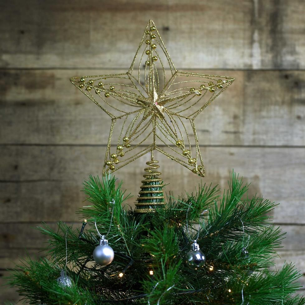 How about a Royal Theme for your Christmas Tree this festive season ...