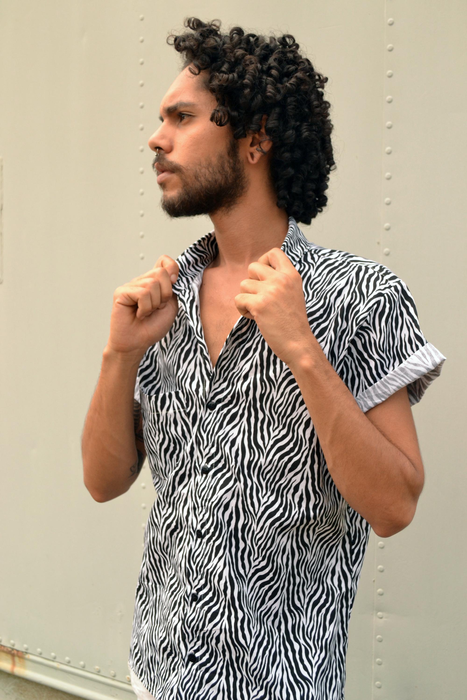 Camisa Unissex Print Zebra  Disponível na loja www.caramellocarmim.com.br
