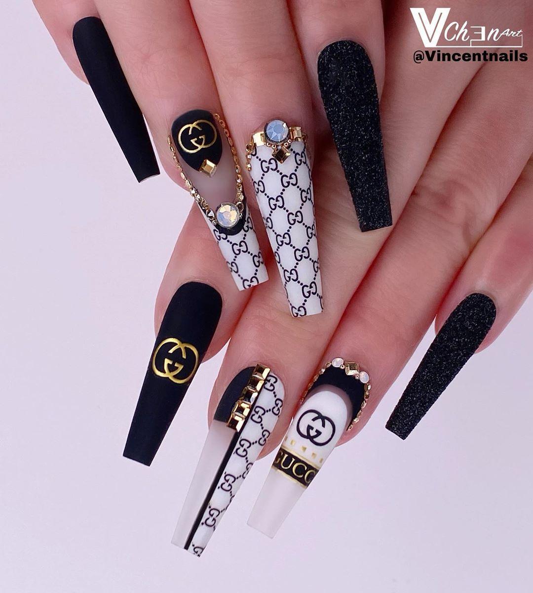 Vinchen Tran On Instagram Gucci Lover Nail Art Deco From Shopkeeki Vchenar In 2020 Gucci Nails Best Acrylic Nails Glow Nails
