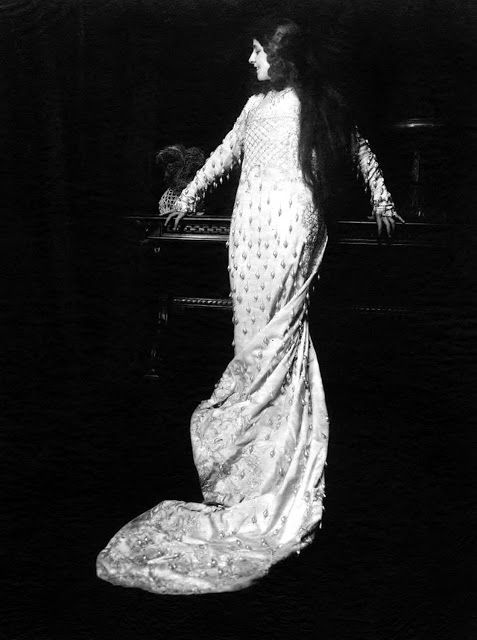 At the Movies: Geraldine Farrar
