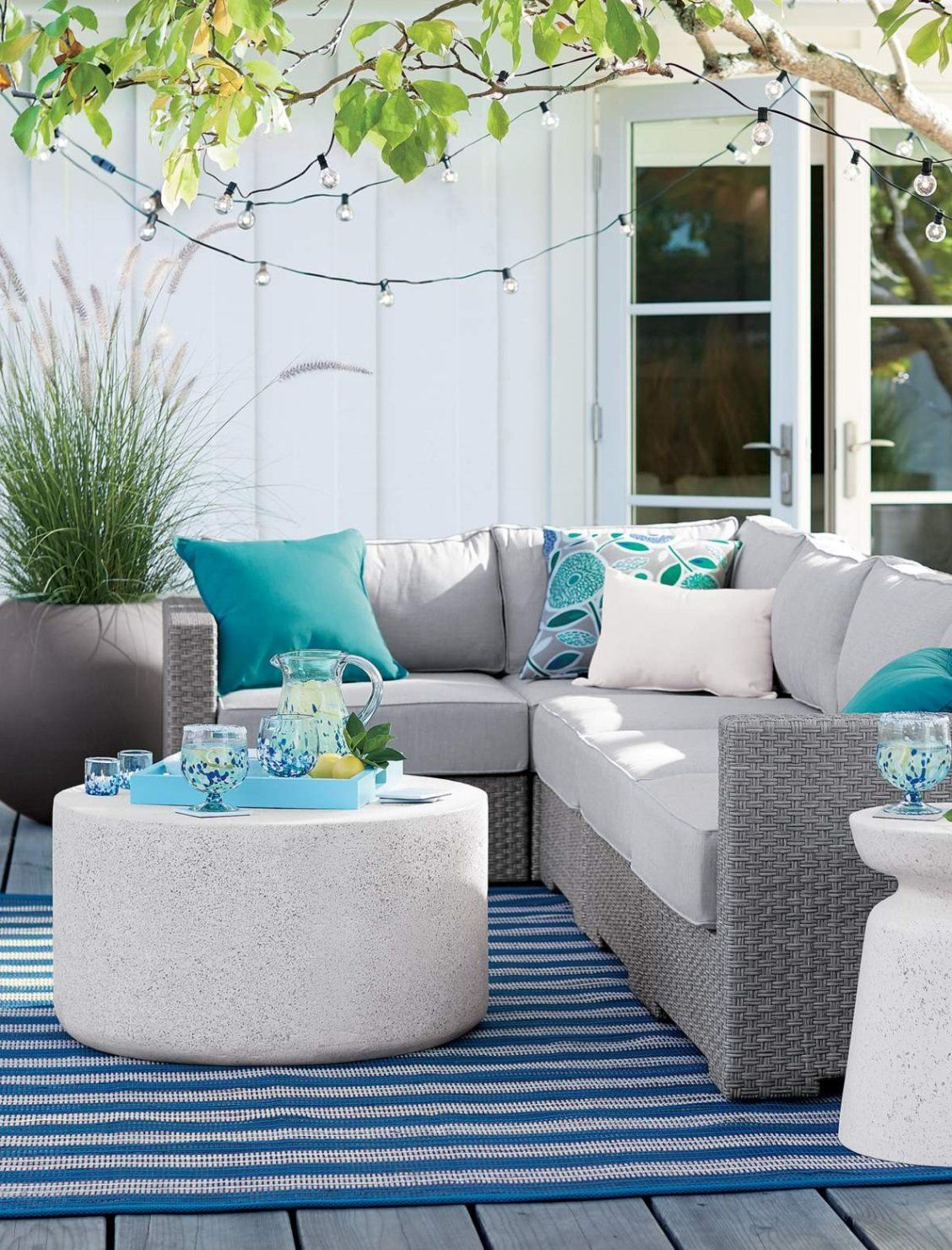 Outdoor Furniture Collections Dining And Lounge Crate And Barrel Outdoor Furniture Collections Outdoor Dining Furniture Outdoor Patio Space