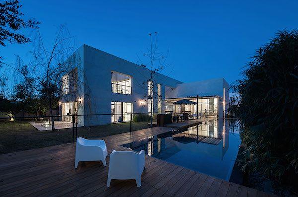 Case Moderne Esterni : 디스플레이에 있는 ì´ ìì¤님의 핀 residenza moderno 및 case