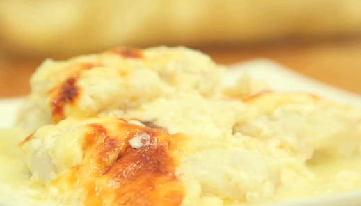 طريقة عمل وصفة فيليه السمك المشوي بصلصة اللبن Food Recipes Arabic Food