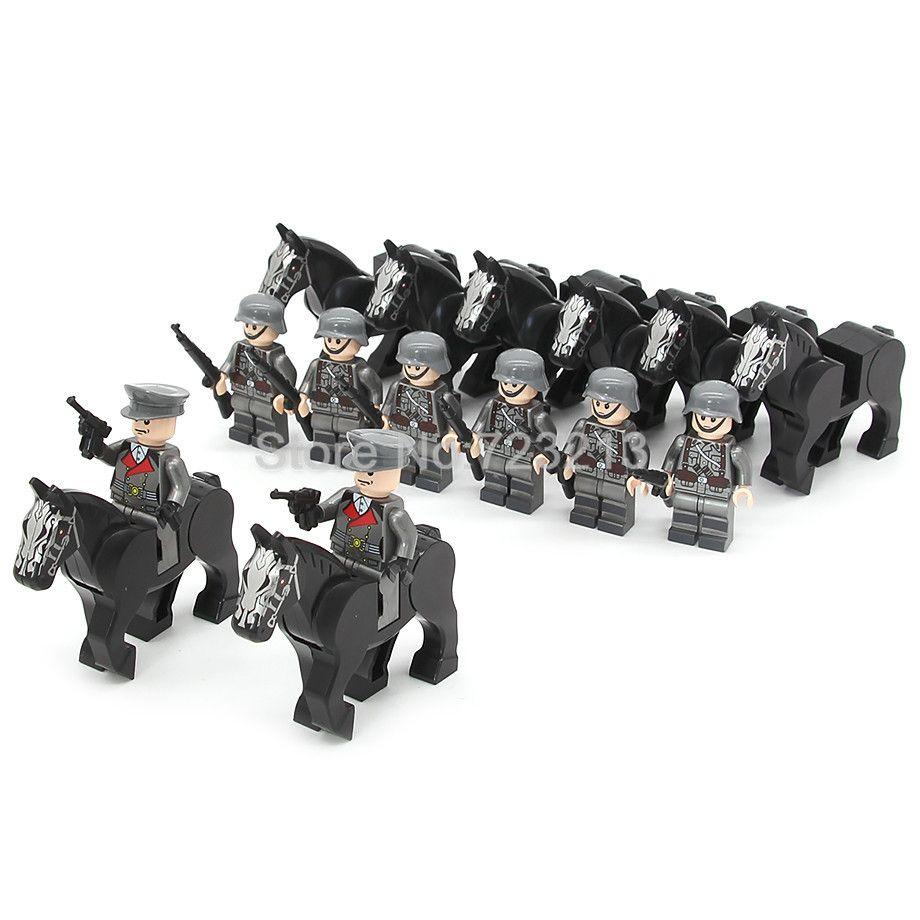 8pcs Military Figure Horse Set Swat Weapon Bag Army Building Blocks