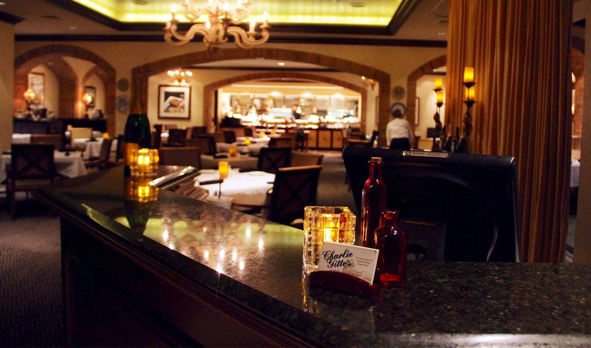 Charlie Gittou0027s Restaurant In St Louis On The Hill, Hollywood Casino, And  Chesterfield Fine