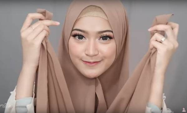 4 Style Tutorial Hijab Pashmina Simple Lara Hijab Kursus Hijab Gaya Hijab Fotografi