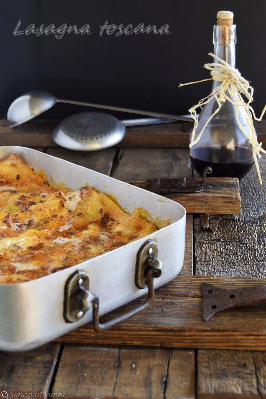 Ricetta Lasagne Toscane.Lasagne Toscane Sotto La Ricetta Http Blog Giallozafferano It Lapasticceramatta Lasagne Toscane Lasagne Ricette Piatti