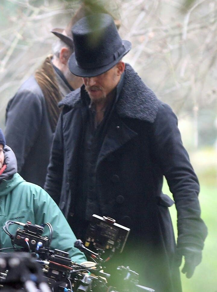 5e7cc6010 Tom Hardy in Bbcs Taboo ...THAT COAT! THAT HAT! | Gentleman's Folder ...