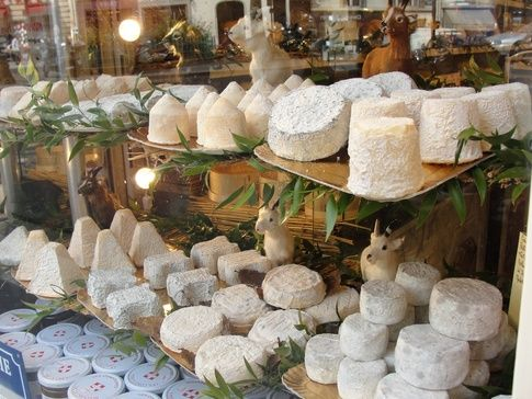 What are the best places to buy cheese in Paris? Rue de Grevelle Market