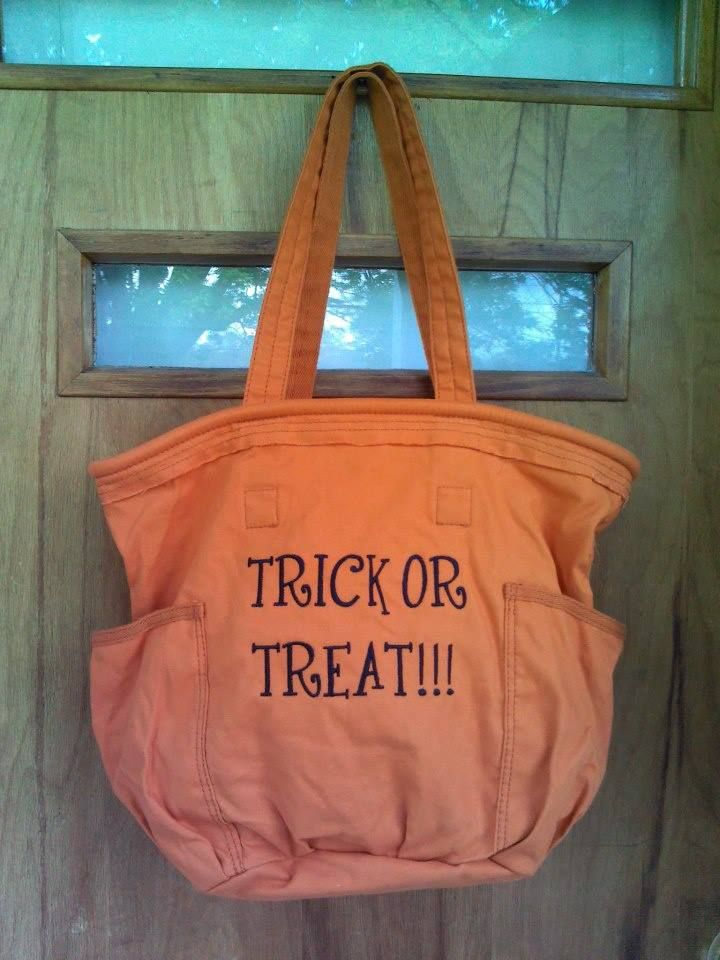 Love these great Thirty-One bags! So many great ways to personalize - decorate halloween bags