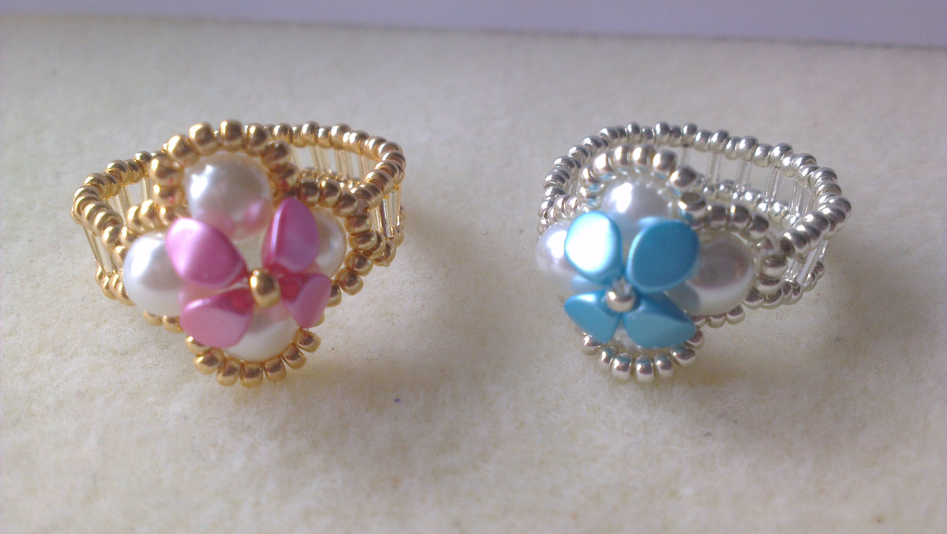 0503405ffb01 Anillos perlas y cuentas pinch- Pearls and pinch beads earrings ...