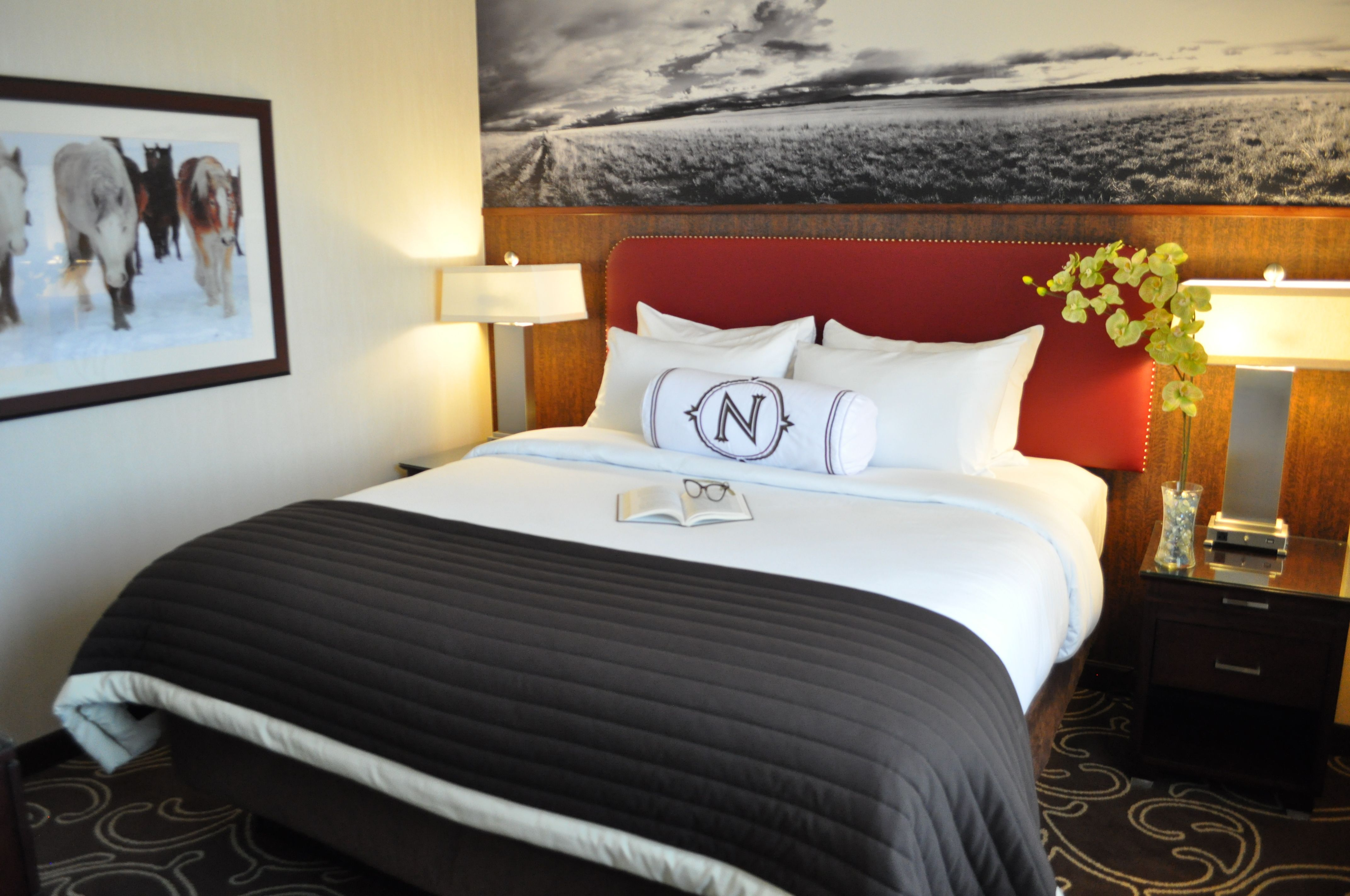 three rooms and of cape cod heritage room one family reservations accommodate types to house the king your sized you seven features type styles feature hotel beds lodging bed