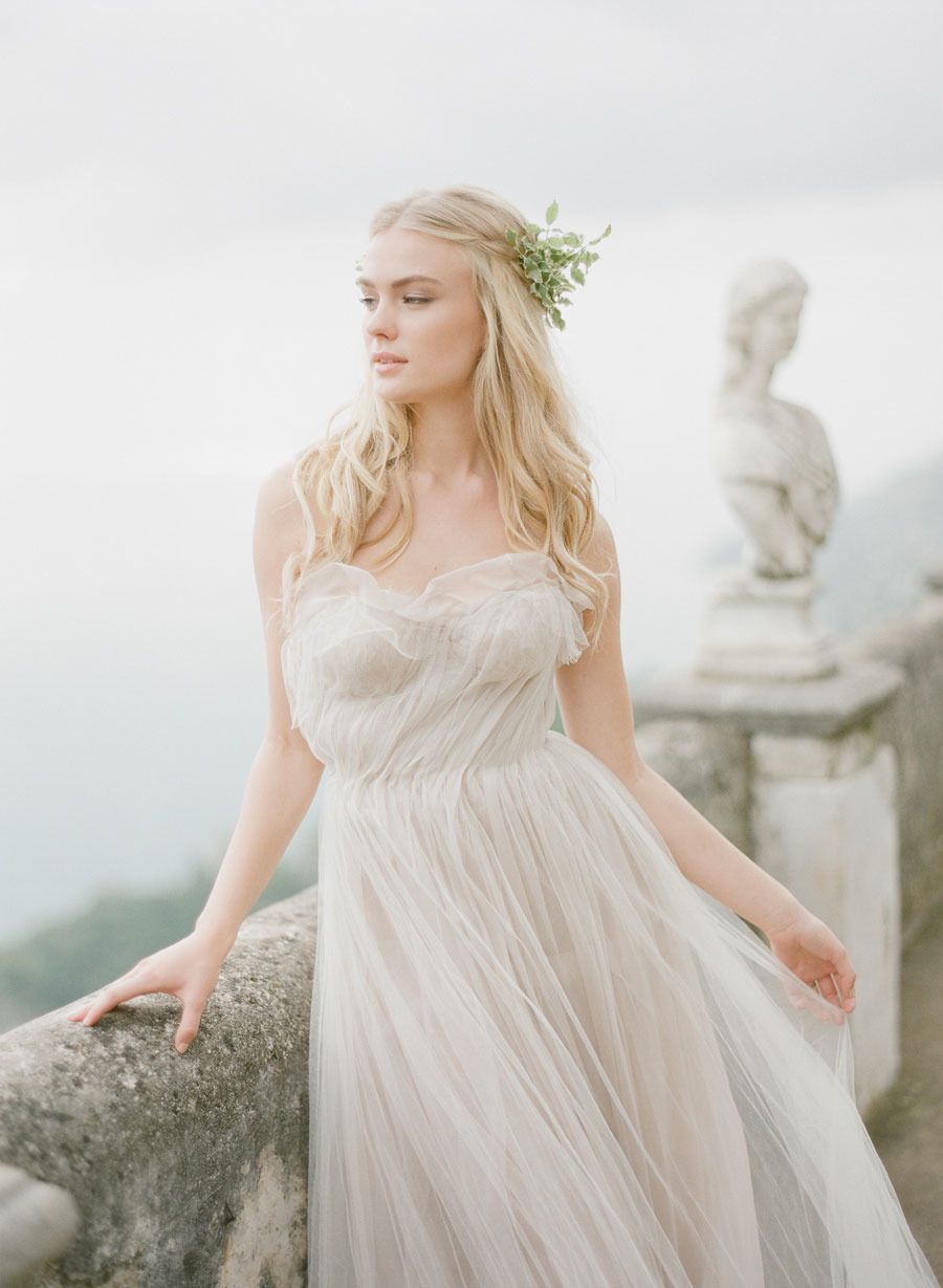 Photography: KT Merry Photography - ktmerry.com  Read More: http://www.stylemepretty.com/2014/12/01/amalfi-coast-wedding-editorial/