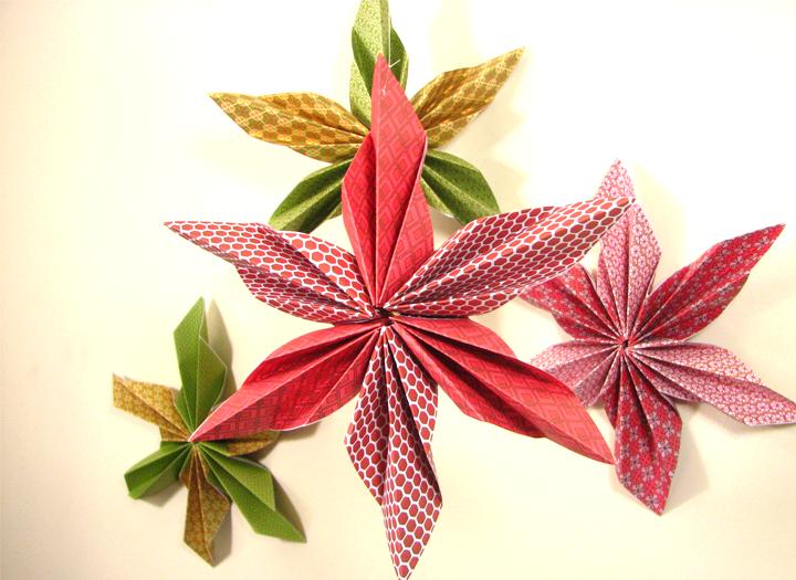 les idees cr atives toiles de no l en origami no l. Black Bedroom Furniture Sets. Home Design Ideas