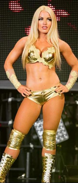 Pin By Paulheymangirl654 On Mandy Rose Amanda Saccomano Sporty Girls Wonder Woman Wwe Divas