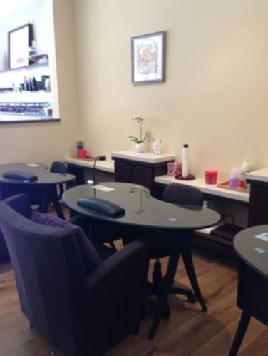 Relaxing manicure stations