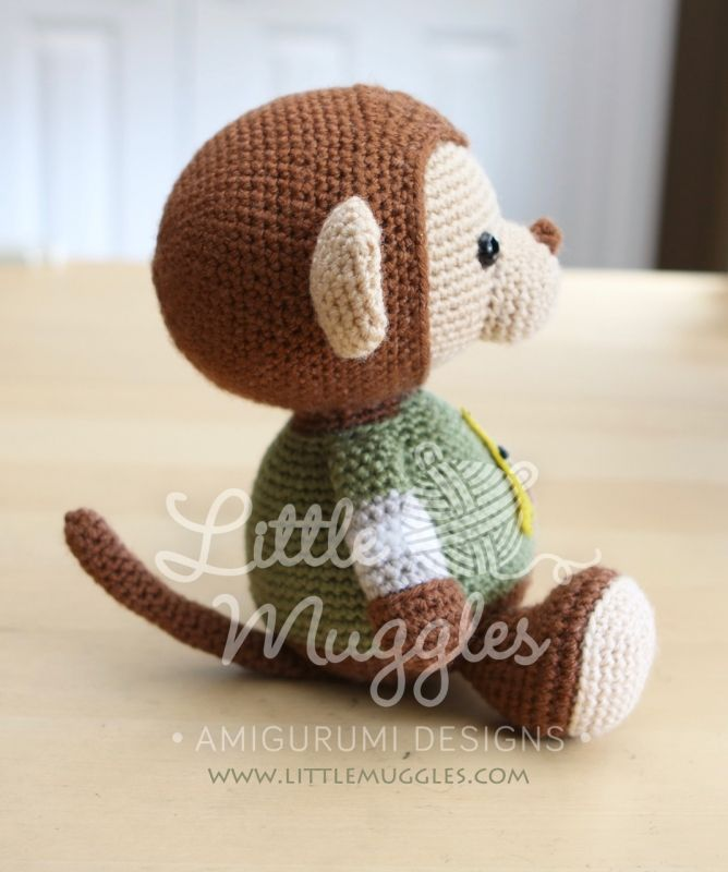 Miles the monkey amigurumi pattern by Little Muggles | Estrella de ...