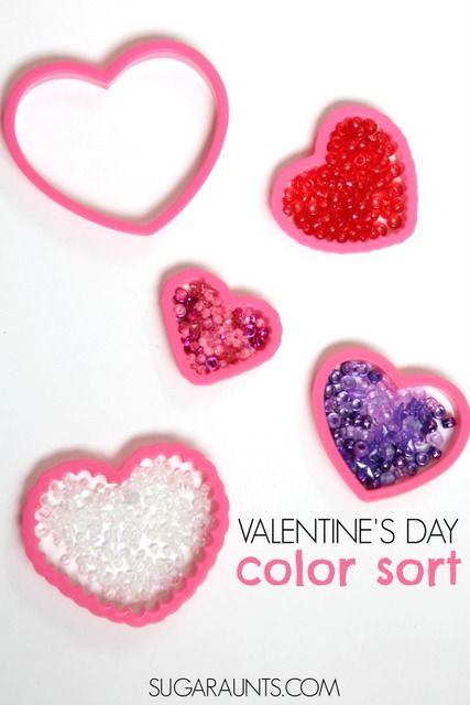 Valentines Day busy bag for color matching and fine motor skills. From Sugar Aunts