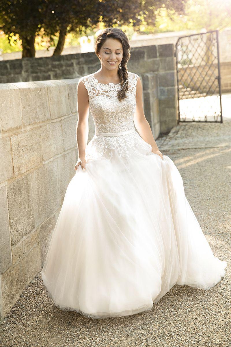 Brautkleid 11625 Elvira mit Schleppe, Tüll mit Spitze | wedding ...