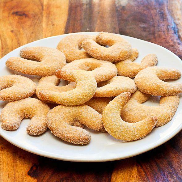 vanilla crescent cookies german christmas cookies