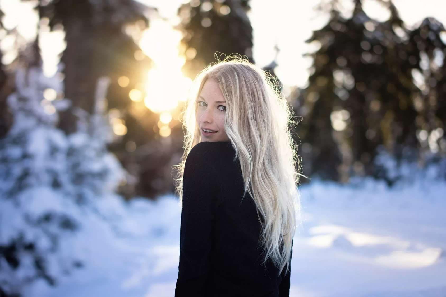 Картинки с девушками красивыми с зимой
