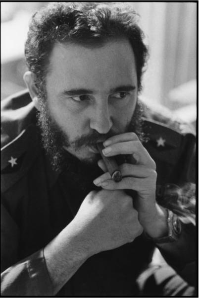Elliott Erwitt - From Cuban Revolutionaries to Canine friends #cubanleader Fidel Casto. Cuban Leader. Photo by Elliott Erwitt #elliotterwitt