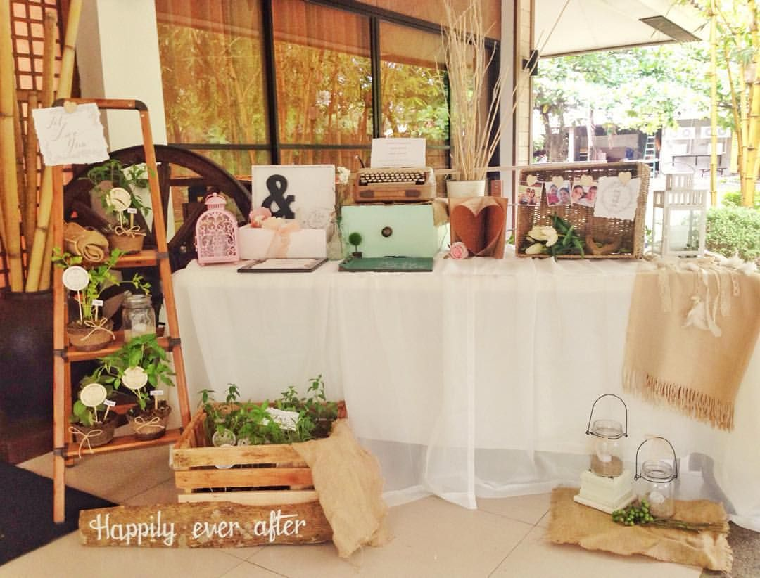 Registration Table Wedding Details. Rustic And Vintage. By