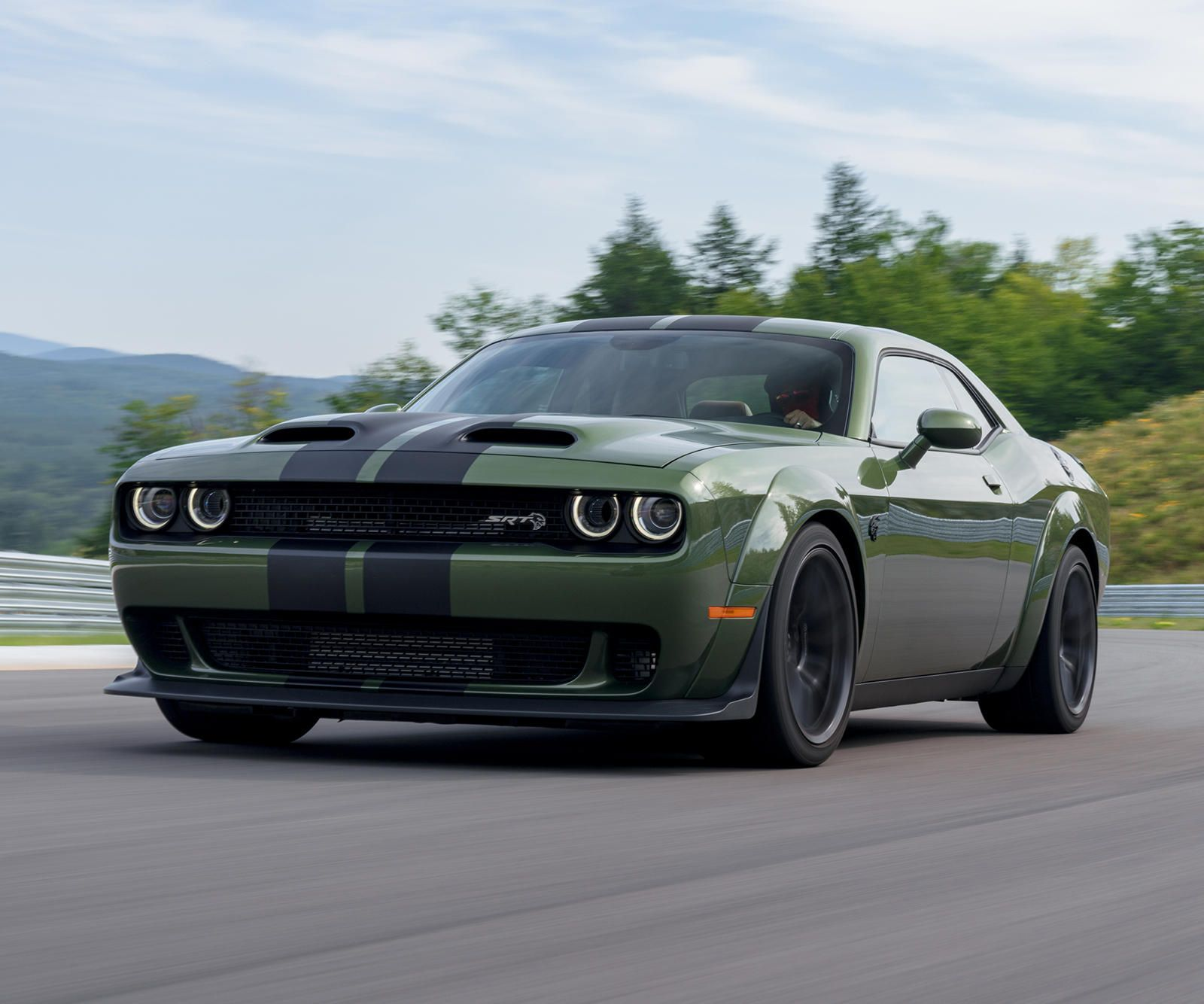 Dodge Makes Controversial Change To Charger And Challenger In 2020 Dodge Challenger Srt Hellcat Challenger Srt Hellcat Dodge Challenger