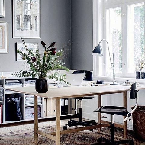 New blogpost ➡️ Trendenser.se (link in profile ) #interiorinspo #danskdesign #hometour En ode till Elle.dk @elledanmark