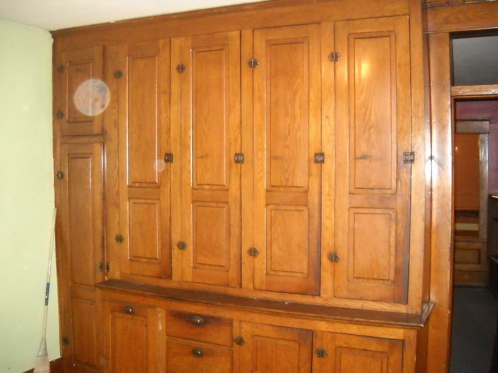 solid wood victorian era kitchen cabinets 8 x 8 ft with ...