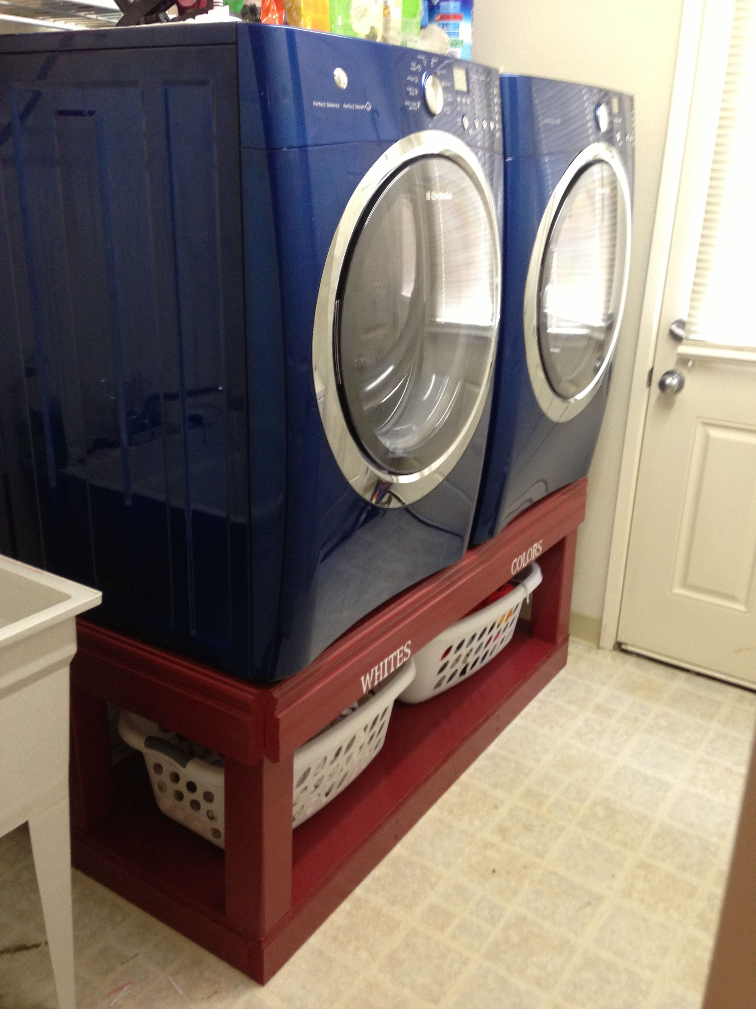 Front Loader Washer And Dryer Pedestals I Like This Idea To Raise