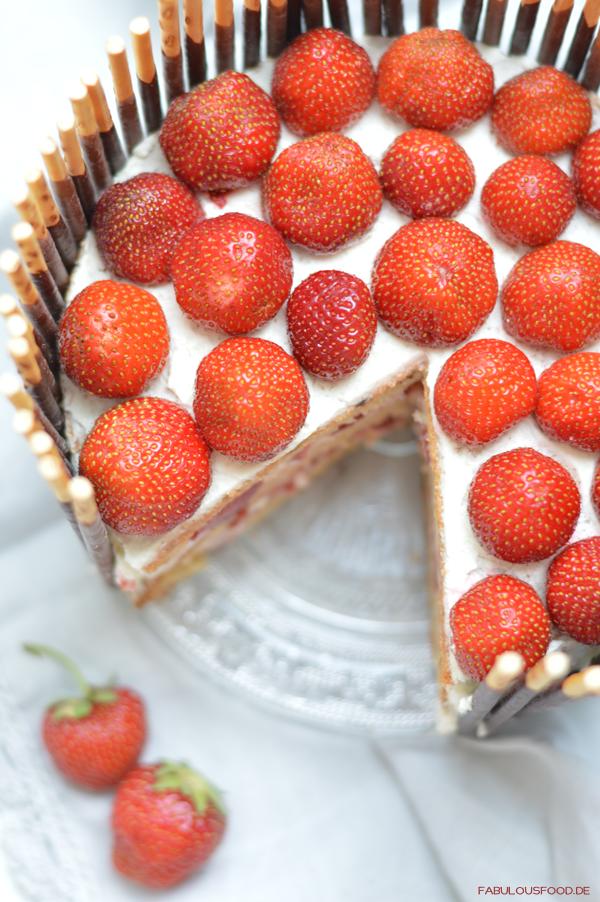♥ Erdbeer-Mikado-Törtchen   fabulous